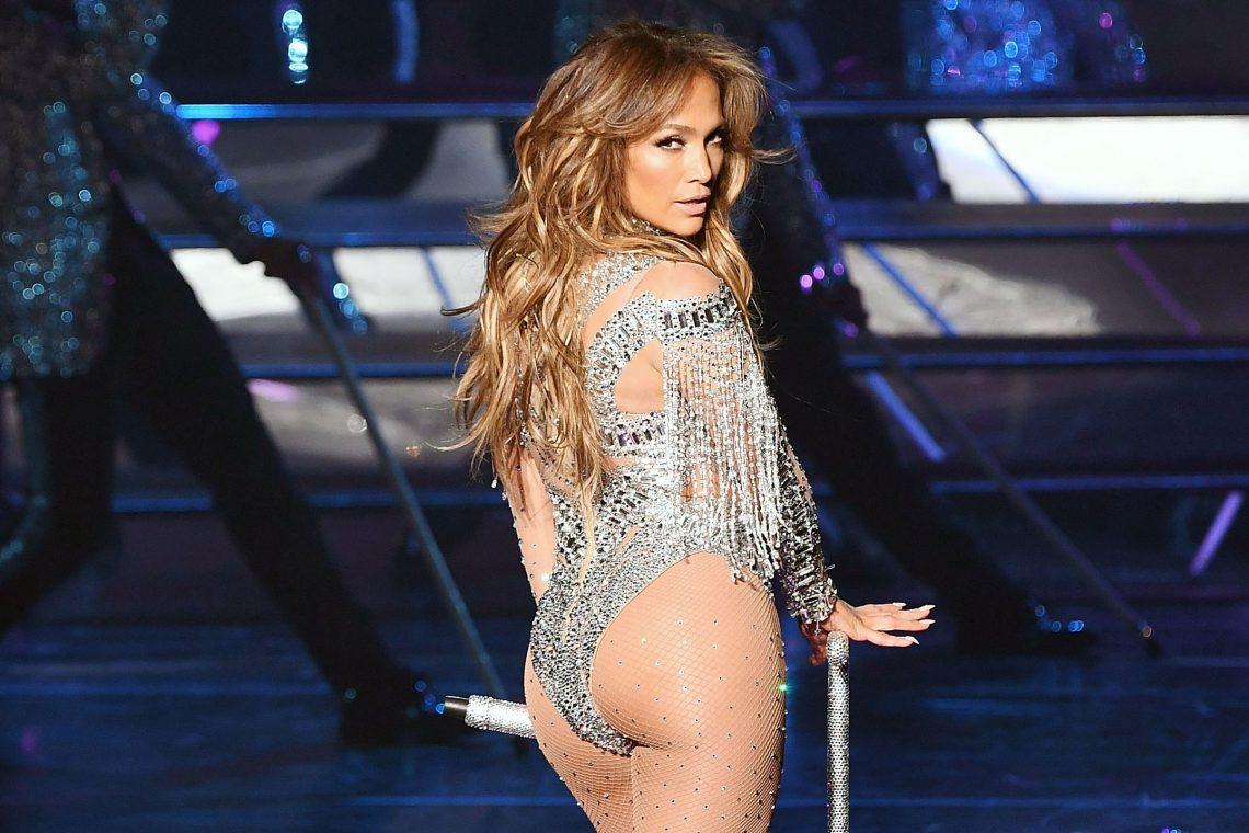 Are un corp suberb! Iată ce consumă Jennifer Lopez pentru a arăta așa (Foto)