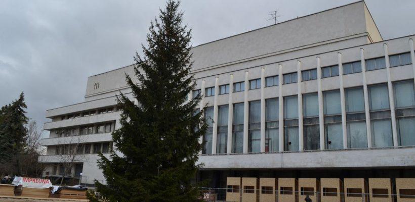 Se inaugurează Târgul de Crăciun de pe Strada 31 August. Va avea cel mai mare patinoar din țară (Foto)