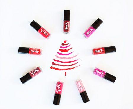 Răsfață-te de sărbători! Top 3 produse pe care trebuie să le incluzi în trusa ta de cosmetice (FOTO)