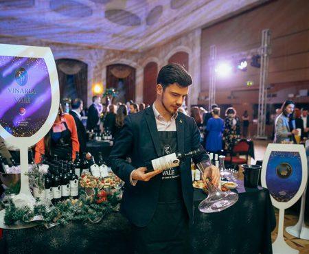 """Cele trei vinuri deosebite lansate la Vernisajul Vinului de """"Vinăria din Vale"""": miresme de citrice și cupaje selecte"""
