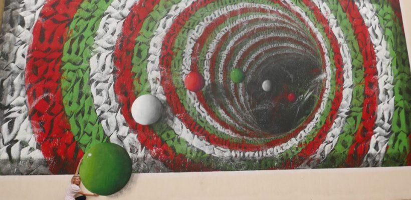 O tânără artistă graffiti din Chișinău i-a cucerit pe arabi. Creează picturi 3 D de-a dreptul halucinante
