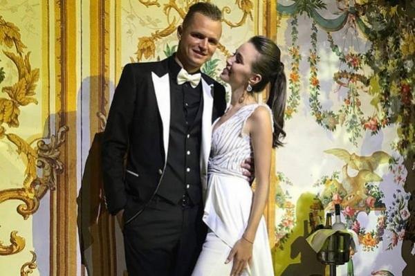 Fostul soț al Olgăi Buzova s-a căsătorit! Iată prima imagine de la starea civilă