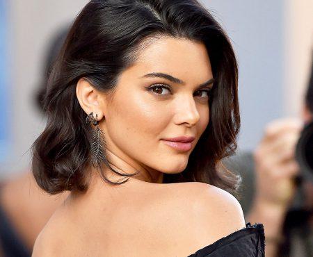 E tot mai grav! Kendall Jenner are probleme tot mai vizibile cu tenul (Foto)