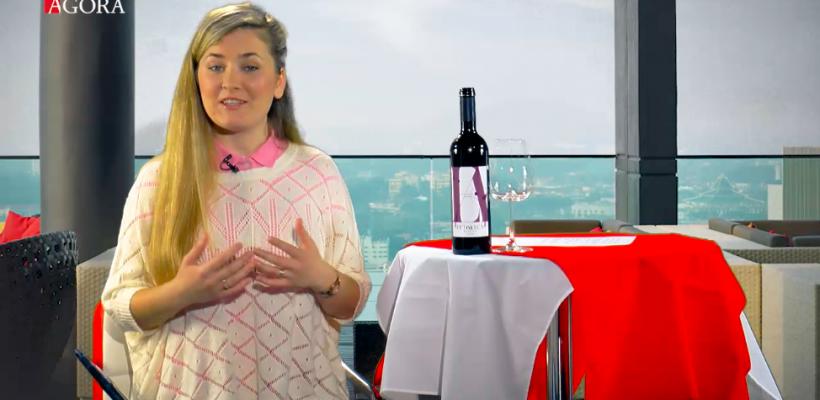 Profa de vine ne învață: Care este procedura corectă de servire a unui vin în restaurant (Video)