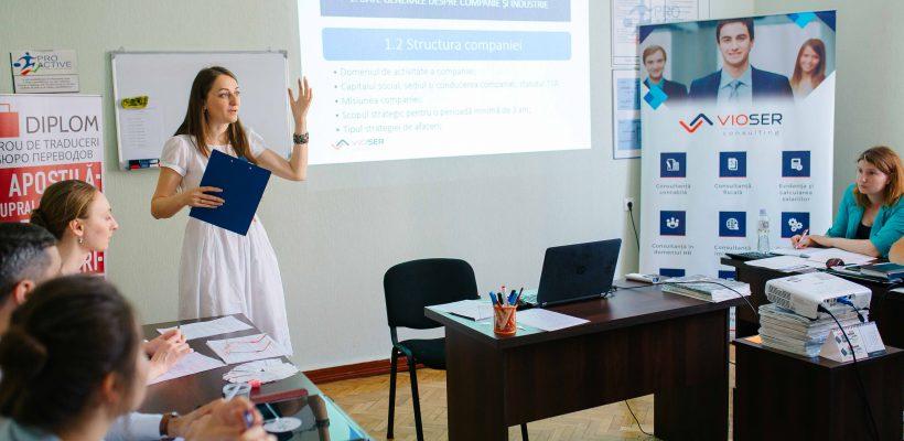 Viorica Rumleanschi a creat compania care îi ajută pe antreprenori să gestioneze afaceri de succes (Foto/Video)