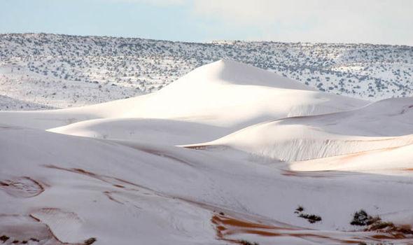 Deșertul Sahara a fost acoperit de zăpadă pentru al doilea an consecutiv