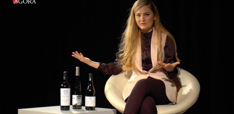 3 idei de cadouri pentru ocazii speciale de la Profa de vin. Știai că diferite sticle de vin se numesc diferit? (Video)