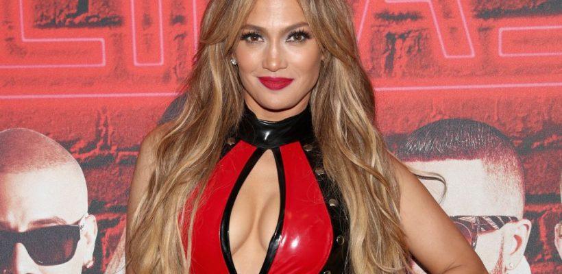 J.Lo, apariție fenomenală! La 48 de ani pare că a descoperit secretul tinereții veșnice (Foto)