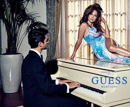 Jennifer Lopez a demonstrat încă odată că are trupul cel mai sexy! Diva a strălucit în ședința foto pentru Guess