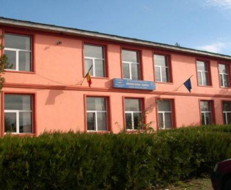 O fostă directoare a unui liceu din Teleneşti, condamnată pentru tratament inuman și degradant