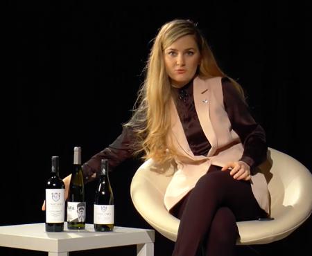 Profa de vin: Ce spune forma sticlei despre vinul pe care îl bei (Video)