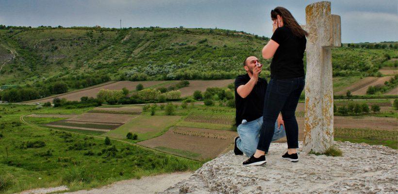 #Cummacerut la Crucea Dorințelor, cu Liliana Demian – un cuplu care face astăzi 4 ani împreună (Foto)