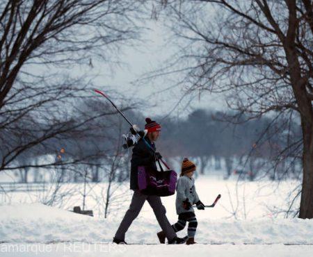Tații care își cresc singuri copiii mor mai devreme (Studiu)