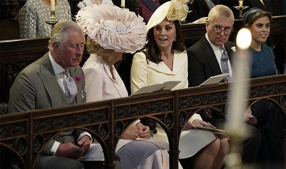 Kate Middleton A Purtat Galben Pal La Nunta Prințului Harry Cu
