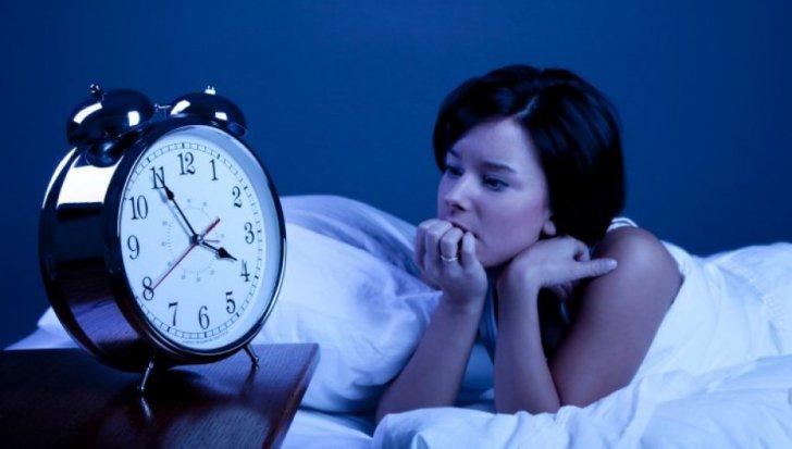 insomnia provoacă pierderea în greutate