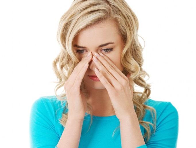 Ai tot timpul nasul înfundat? Care sunt cauzele acestei