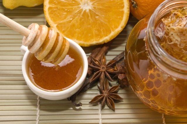 scorțișoară și miere din varicoză)
