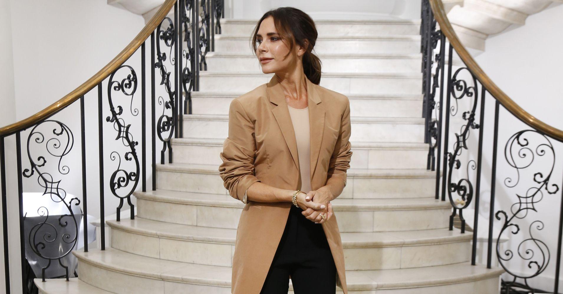Pierderea în greutate a Săptămânii Modei a Victoria Beckham a scăzut până la supraalimentare