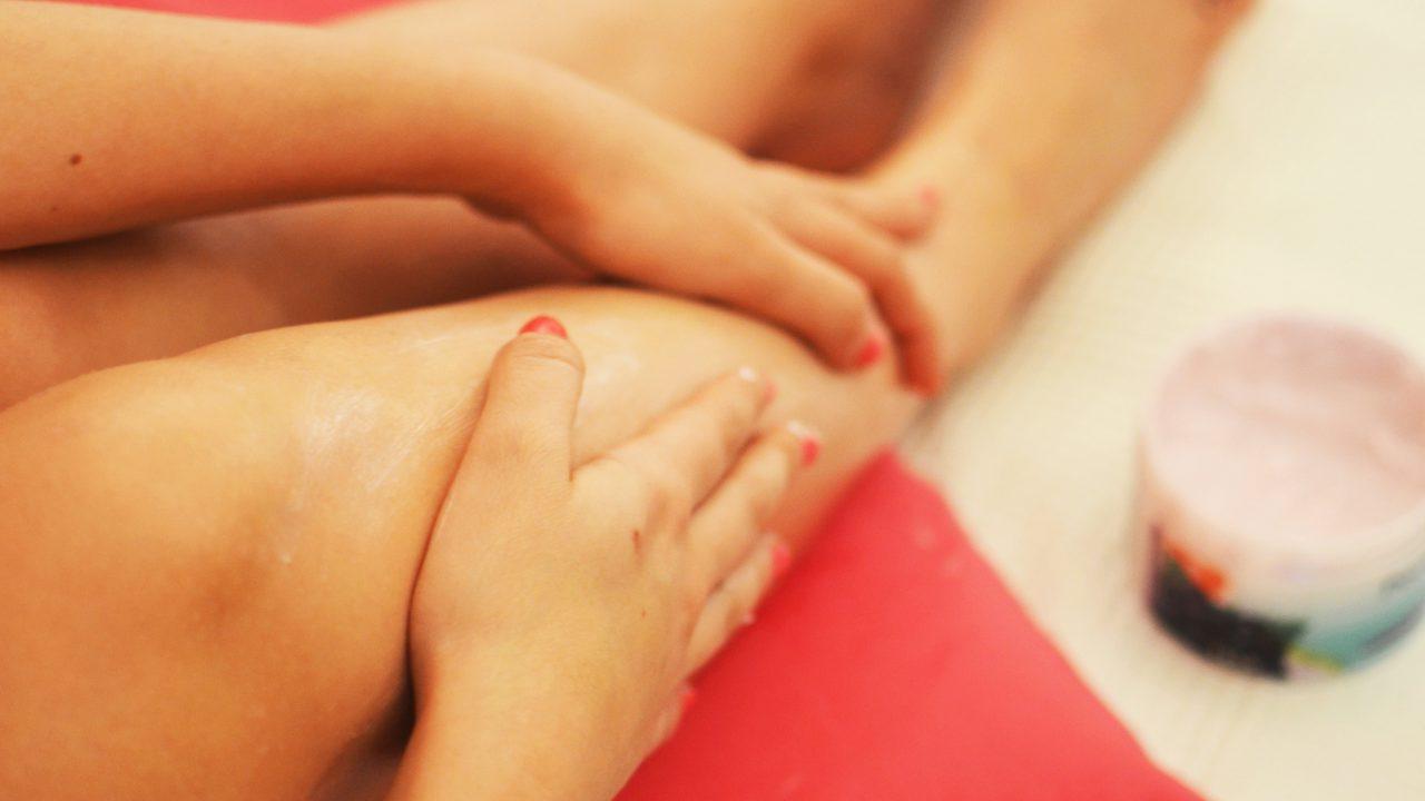 durerea în articulațiile picioarelor este amorțită)