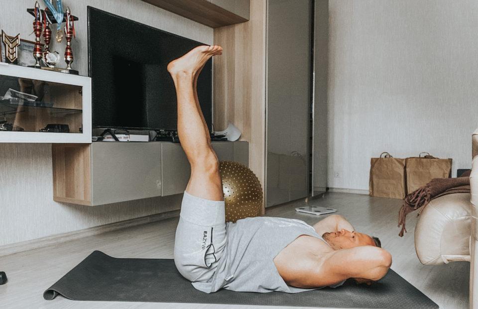 articulațiile la nivelul picioarelor de sub abdomen