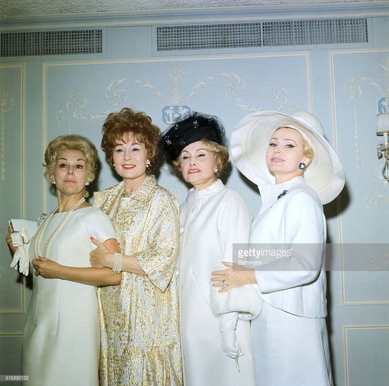 Eva, Magda, Jolie (mama) și Zsa Zsa Gabor